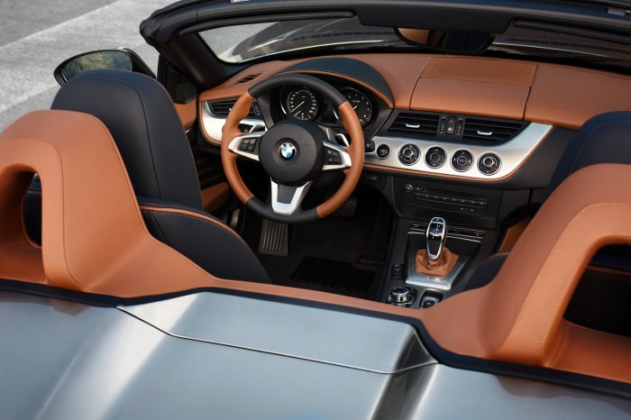 BMW-Zagato-Roadster-Interior-02